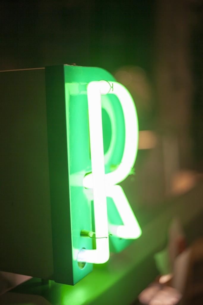Light R